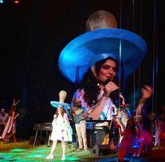 Nil Karaibrahimgil wearing a custom design hat by Merve Bayindir for he concert