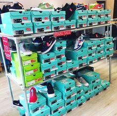 @shiftyskateshop FINAL SALE Laatste week! Schoenen voor een prikkie 🙄 Kleding & caps voor de helft  Op is op... #haverstraatpassage #Enschede