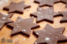 Najlepsze doroczne pierniczki świąteczne Gingerbread Cookies, Cooking Recipes, Candy, Chocolate, Baking, Wonderful Time, Desserts, Food, Gingerbread Cupcakes