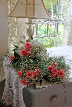 Aiken House & Gardens: Catch the Bouquet