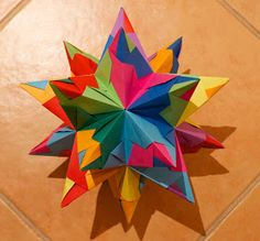 Puulihuna: 20-pointed origami paper star