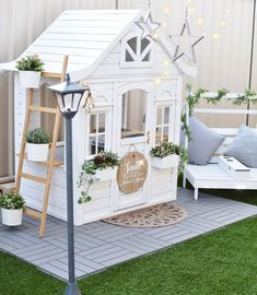 8 Excellent Pallet Garden Ideas For Your Backyard Kids Cubby Houses, Kids Cubbies, Play Houses, Backyard Playground, Backyard For Kids, Backyard Ideas, Sleeps Till Christmas, Kmart Decor, Wendy House