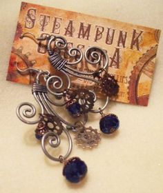 Steampunk Jewelry - earrings....♥