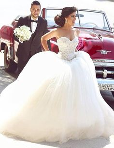 Princess Bridal Dress Sweetheart Appliques Sparkly Beading Giltter Wedding Dress Puffy Tulle Wedding Gown L6112016