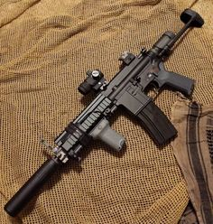Airsoft Guns, Weapons Guns, Guns And Ammo, Ar Platform, Battle Rifle, Cool Guns, Assault Rifle, Military Weapons, Rifles