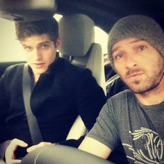 I never knew two people sitting in a car could look so suspicious. Daniel, Ian, what are you up to?? #teenwolf