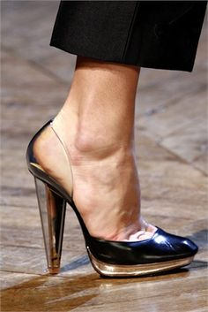 """YSL - another pair of """"I'd kill myself if I wore these!"""""""