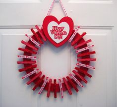 Valentine's Day Valentine Card Holder by APinkLemonadeDesigns -- would make a cute christmas card holder too!