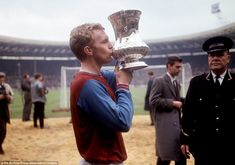 West Ham have decided to retire the shirt in memory of their former captain and World-Cup winner Bobby Moore Jack Charlton, Bobby Charlton, England World Cup Squad, New York Cosmos, Bobby Moore, England Players, World Cup Winners