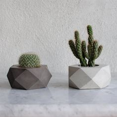 FACTO ORE | geometric concrete succulent planter This is the newest creation of the FACTO collection to celebrate SUMMER. Its geometric shape is really