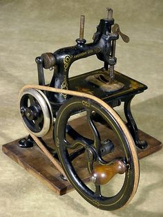 Antique American Gem Cast Iron Toy Sewing Machine Very Nice and Unusual USA   eBay