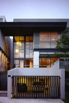 57 Trendy Ideas for house design exterior modern indian Singapore Architecture, Architecture Résidentielle, Contemporary Architecture, Modern Contemporary House, Chinese Architecture, Futuristic Architecture, Modern Homes, Design Exterior, Modern Exterior