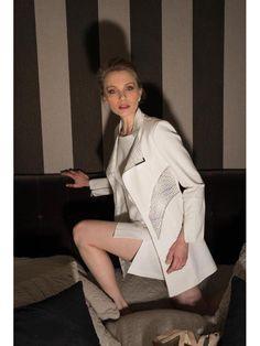 veste longue milano - graphique noir & blanc - CpourL Peplum Dress, High Neck Dress, Dresses, Fashion, Fashion Ideas, Spring Summer 2016, Trendy Outfits, Chart, White People