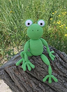crochet dinosaur patterns Free crochet pattern: FROG - Freubelweb - Look what I found on : A free crochet pattern from Marie Lize to crochet a frog - Crochet Dinosaur Patterns, Crochet Frog, Crochet Dolls Free Patterns, Free Crochet, Ravelry Crochet, Amigurumi Free, Crochet Patterns Amigurumi, Crochet Toys, Frog Crafts