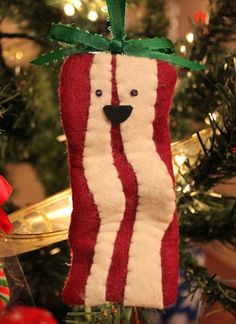DIY bacon Christmas ornament made from felt and beads