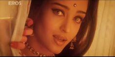 Aishwarya Rai - Hindú Bellisima, Hoop Earrings, Beauty, Jewelry, Aishwarya Rai, Heroines, India, Fashion, London