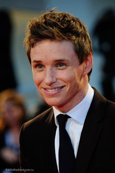 Eddie Redmayne is so cute
