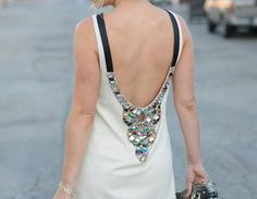 backless-dress1