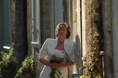 #photomariée #chantilly #mariée #forêtdechantilly #chateaudechantilly #ruepavée #vieilleville #romantique #mariage #amour #delaolivapolyne