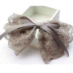 Lace and Ribbon Bows - Moños encajes y cinta