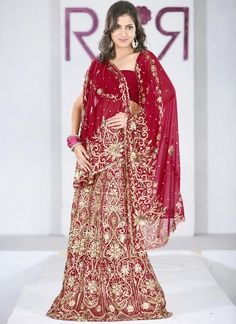 Traditional Indian wedding dress in red & gold | best stuff