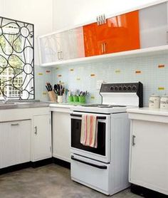 Herwin jou kombuis Kitchen Cabinets, Diy, Home Decor, Decoration Home, Bricolage, Room Decor, Kitchen Base Cabinets, Diys, Handyman Projects