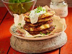 Whole Roasted Cauliflower, Cauliflower Recipes, Butter Sauce, Crepes, Deli, Food Inspiration, Hamburger, Good Food, Food And Drink