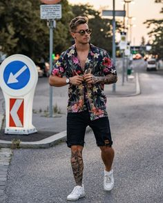Men's Fashion Casual wear Street wear - Men's Casual - Look Man, Men With Street Style, Style Men, Cool Summer Outfits, Stylish Mens Outfits, Mens Fashion, Fashion Outfits, Mens Clothing Styles, Men's Clothing