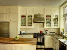 This kitchen is only 17 ft at the longest point.