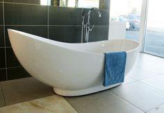 Bath Tub -free standing - Modern ergonomic design   Trade Me