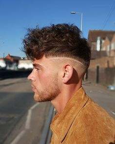 """Changing it up. Diffusing the hair for a waved effect. Such a awesome look. Plus my client is a little fitty, thank you @coltonwood21 #barber #barbering…"""