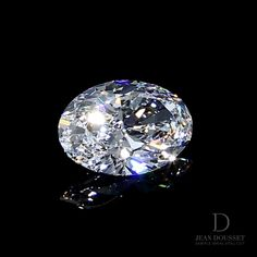 """""""Diamond selection is subjective to taste, experience & continuous research. Diamonds are rare, the beautiful ones are unique. Learn more about how we curate a selection of diamonds for you at the link. Diamond Art, Diamond Jewelry, Diamond Wallpaper, Minerals And Gemstones, Diamond Are A Girls Best Friend, Jewelry Design, Women's Jewelry, Stones And Crystals, Wedding Veils"""