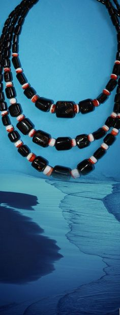 @BlackCoral4you black coral,zuni spiny oyster and sterling silver http://blackcoral4you.wordpress.com/necklaces-io-collares/stock/ coral negro,spondylus y plata 925 mail: blackcoral4you@galicia.com