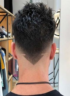 As one of the latest hair trends for men, the skin fade comes in a variety of cuts, such as a high, mid and low bald fade haircut. The low fade haircut can best be described as a lasting style that only gets better with time. Popular Mens Hairstyles, Cool Mens Haircuts, Cool Hairstyles For Men, Hairstyles Haircuts, Hair And Beard Styles, Curly Hair Styles, Crew Cut Hair, Growing Your Hair Out, Trending Haircuts