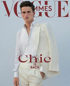 Top Model Simon Nessman for Vogue Hommes A/W 2018 5 days ago Vogue Hommes presented cover with International Top Model Simons Nessman. Simon Nessman, Magazine Mode, Male Magazine, Vogue Magazine, Fashion Magazine Cover, Fashion Cover, Magazine Covers, Vogue Paris, Men Fashion Photoshoot