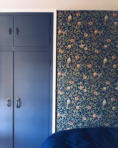 Bird & Pomegranate | Waking up to this wonderful #wallpaper makes me very happy indeed. Bon weekend! (The wallpaper is by William Morris and the cupboard is painted in Stiffkey Blue by @farrowandball) ☺️