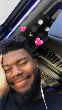 Hen ur front camera pops out and ur just casually listening to Khalid's music Wallpaper Iphone Love, Music Wallpaper, Songs Lyrics Tumblr, American Teen, Staying Alive, Derp, Music Love, Celebs, Celebrities