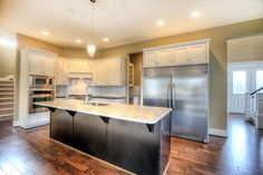 Alki floor plan with white kitchen