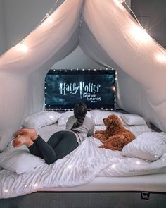 creative ways dream rooms for teens bedrooms small spaces 28 Watch Harry Potter Movies, Harry Potter Room, Sleepover Room, Fun Sleepover Ideas, Sleepover Activities, Teen Bedroom, Room Decor Bedroom, Bedrooms, Bedroom Furniture