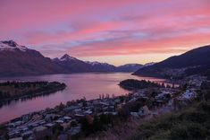 i really love our little town - this evening Queenstown New Zealand, Our Love, Mountains, Nature, Travel, Instagram, Naturaleza, Viajes, Trips