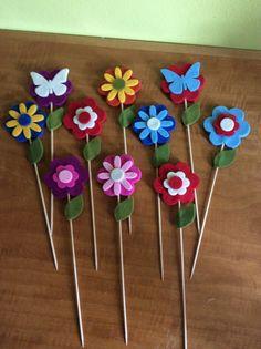 Aggiungi fiori al tuo triste vaso