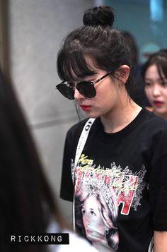Kpop Girl Groups, Korean Girl Groups, Kpop Girls, Red Velvet Seulgi, Red Velvet Irene, Kang Seulgi, Kim Yerim, Me As A Girlfriend, South Korean Girls
