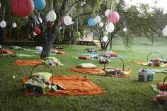 Outside picnic wedding.