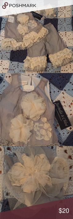 Gorgeous Designer baby girl set NWT- excellent condition, beautiful baby girl set. Grilled tank top, pants, and headband. Matching Sets