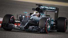 GP Bahrain - Immenso Hamilton: sua la pole davanti a Rosberg! La Ferrari c'è