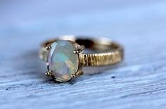 Majestic Ring || Gold Opal