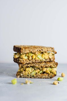 An easy and delicious recipe for a vegan smashed chickpea salad sandwich made using minimal ingredients. The perfect vegan meal prep!