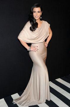 Kim Kardashian La robe est superbe !