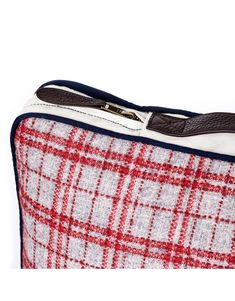 Gramercy Travel Set is crafted from the finest tartan plaid wool, finished with contrasting trims and natural leather handle strap.