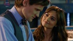 Look at how she looks at him! LOOK! Then tell me there's no whouffle. <3